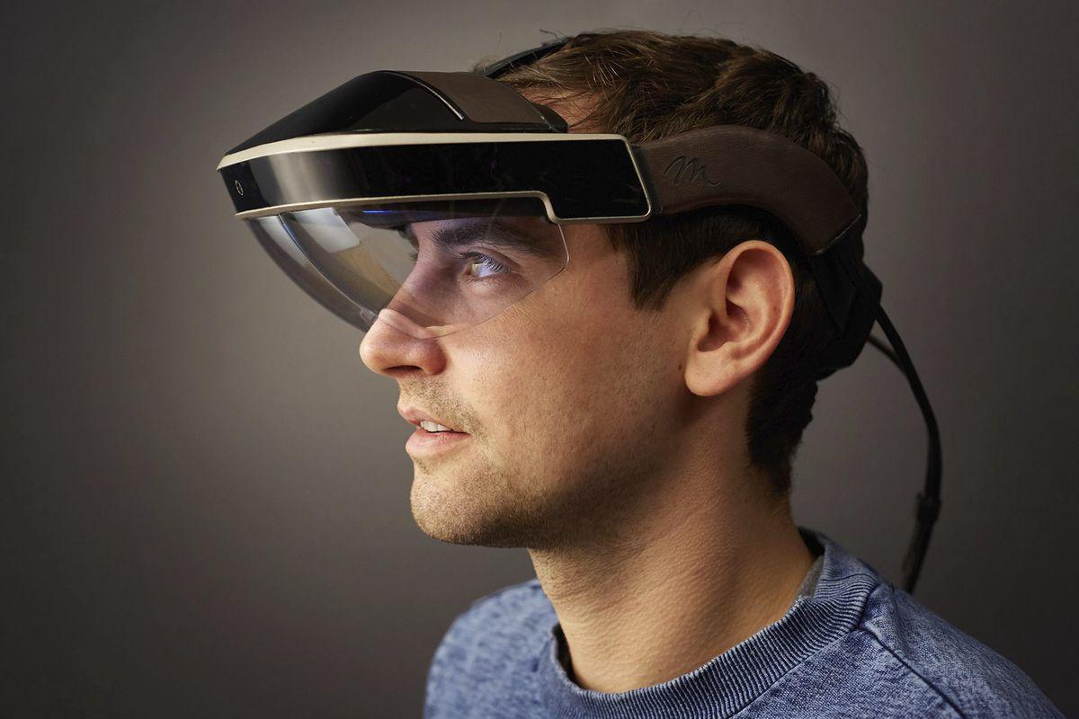 Apple、2030年にはARコンタクトレンズを発表か?Appleのティムクック社長。ARは会社の将来にとって「決定的に重要」であると意思表明